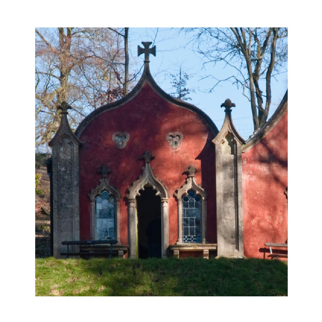 Gothic building exterior 360 tour