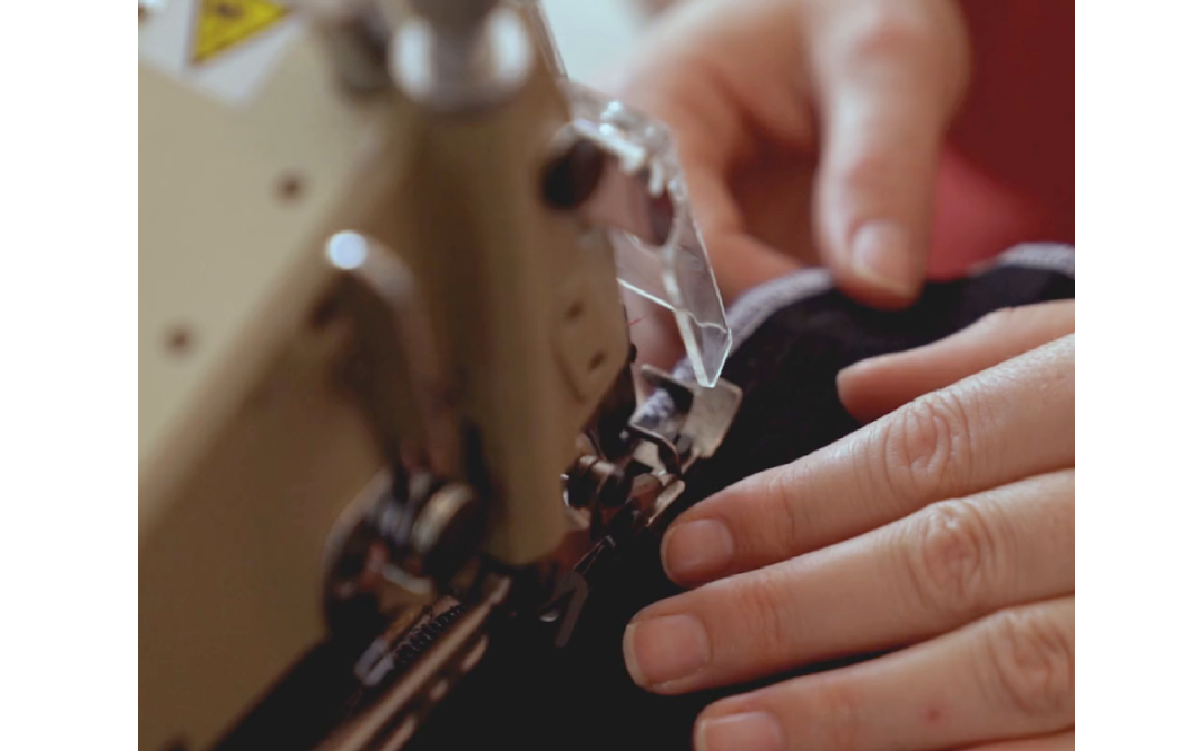 Hand Sewn Curtains VS Machine Sewn Curtains – Which is Better?
